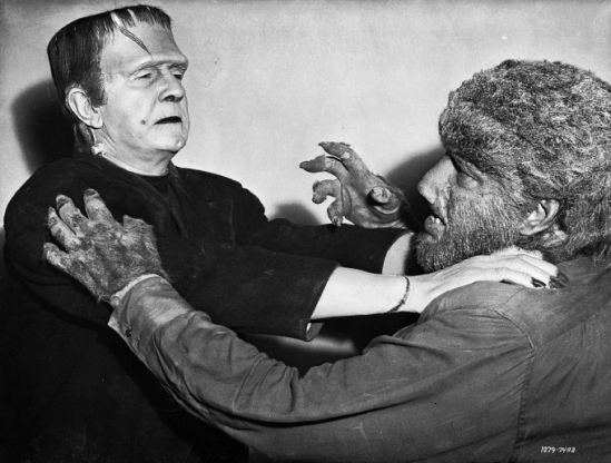Bela Lugosi and Lon Chaney Jr. have a standoff in a promo shot for Frankenstein Meets the Wolf Man.